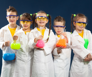 Crazy Science Camp (Ages 6 - 11) - Explorer Hop