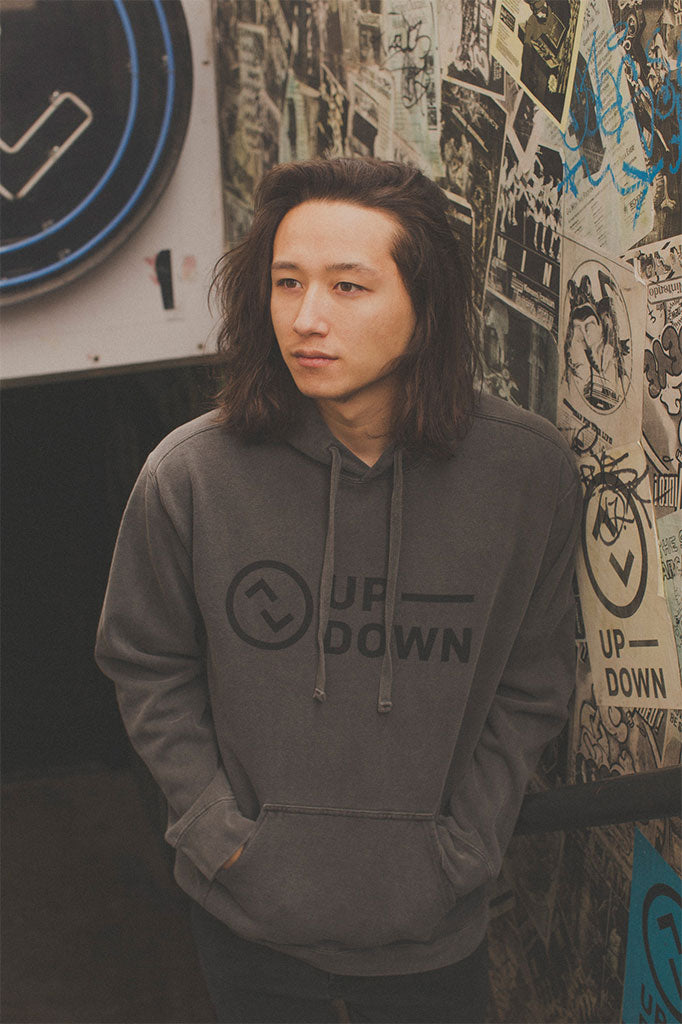 updown logo pullover in gray