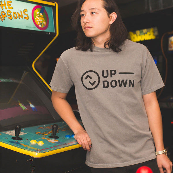 updown arcade bar classic tee in gray