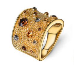 Rhinestones Finger Ring Gold Plated - Jewel Volt