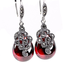 Vintage Flower Garnet Drop Earring - Jewel Volt