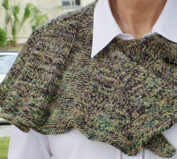 hand knit wrap/shawlette, diamond pattern - green, beige, navy