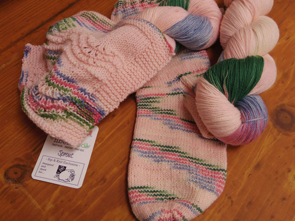 Sip & Knit Exclusive,  The Fiber Seed Sprout FIngering, 480 yds, DIme Store Dress Delta Dawn color