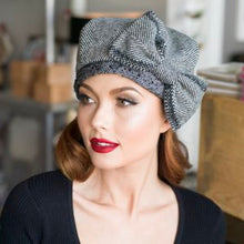 Load image into Gallery viewer, Beret Hat Bow