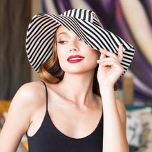 Load image into Gallery viewer, Striped Sun Hat