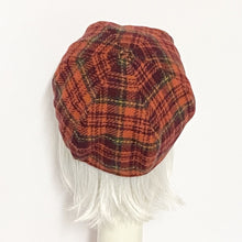 Load image into Gallery viewer, Red Plaid Beret Hat