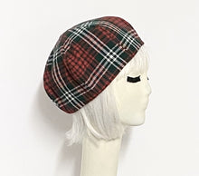 Load image into Gallery viewer, Tartan Plaid Beret Hat