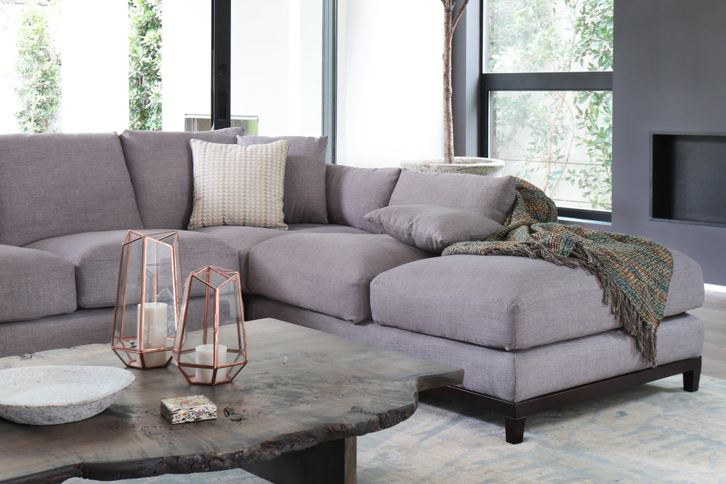 1011FTGRYR,Kellan Sectional Sofa Right Chaise in Grey Tweed