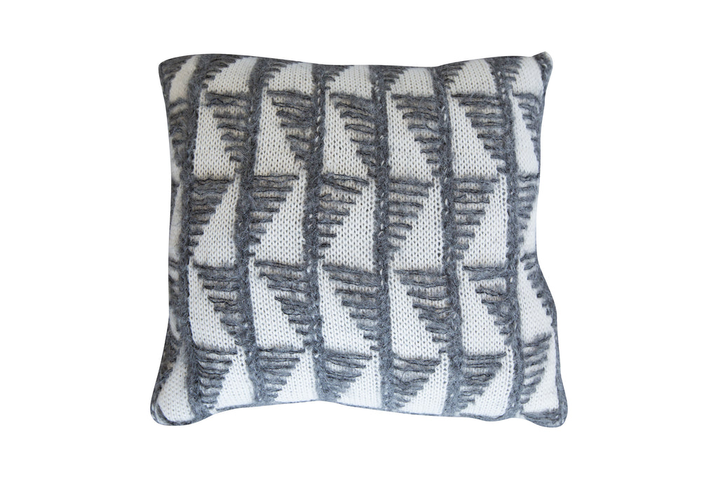 2011GEO,Geo Knit Pillow