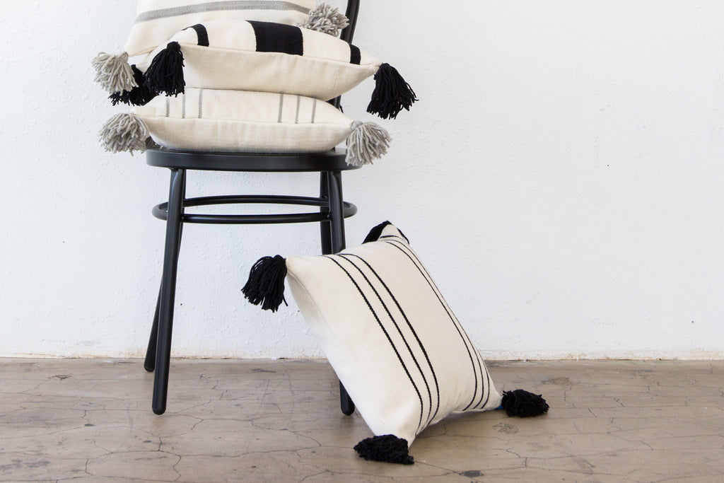2013BLK,Thin Striped Pillow In Black