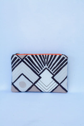Deco Print and black Leather Purse