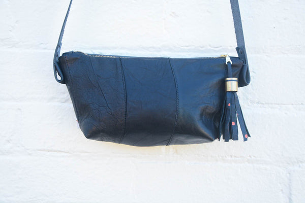 Black Leather Sleeve Shoulder bag
