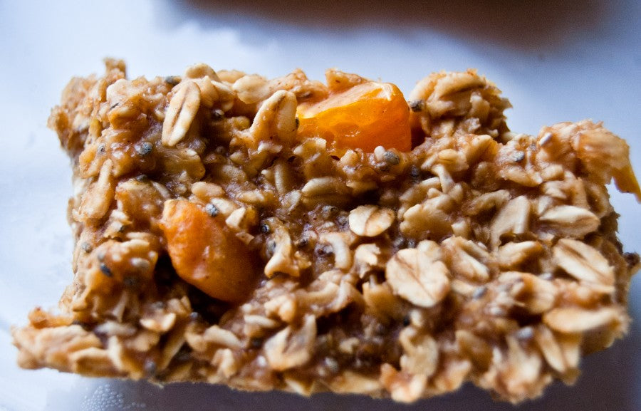 chia breakfast bars, chia seeds, oatmeal breakfast bars, clementines, grapefruit, pb2, powdered peanut butter