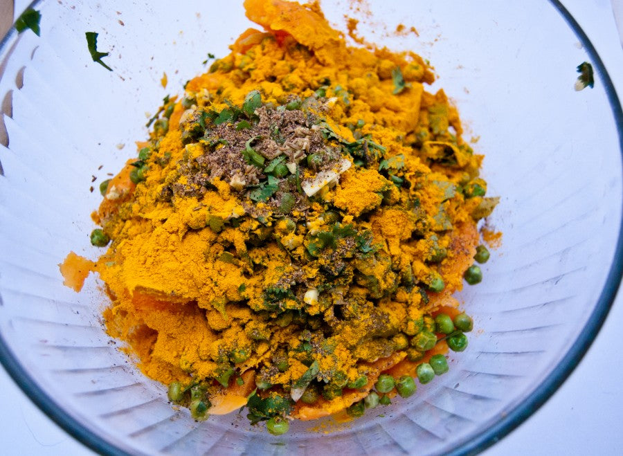 sweet potato samosas, stuffed sweet potatoes, indian inspired dishes, samosas, cumin, cilantro, turmeric
