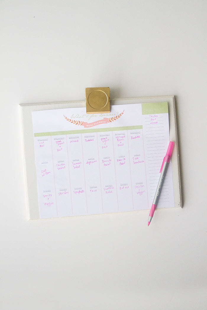 Free Printable Meal Planner by hello Luvvy 3