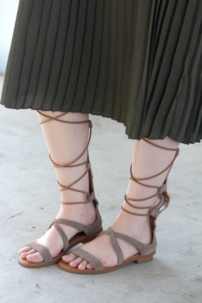 seychelle gladiator sandals with midi skirt