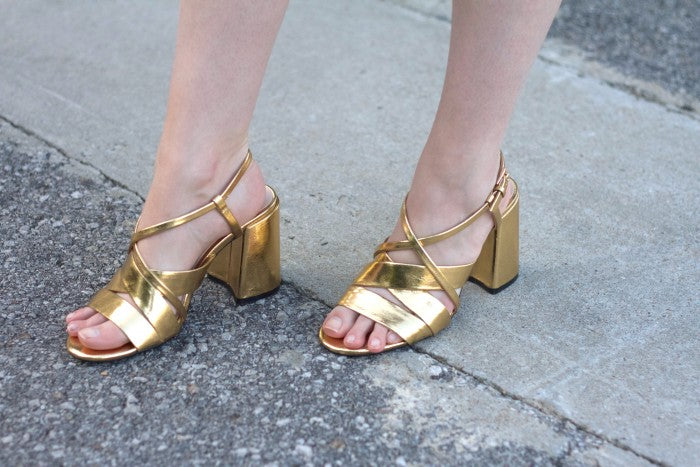 gold sandals by zara-hello luvvy