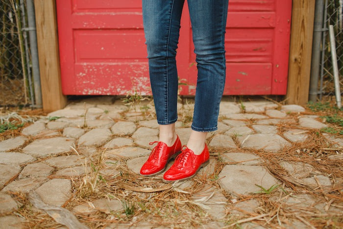 gap jeans red oxfords