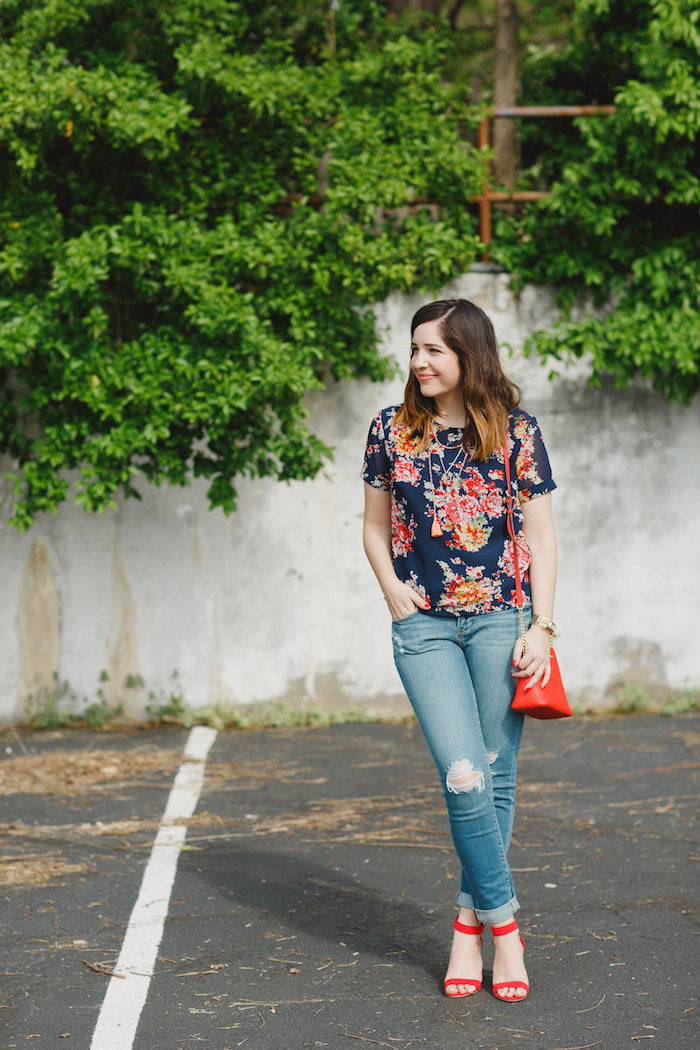 floral top and jeans outfit