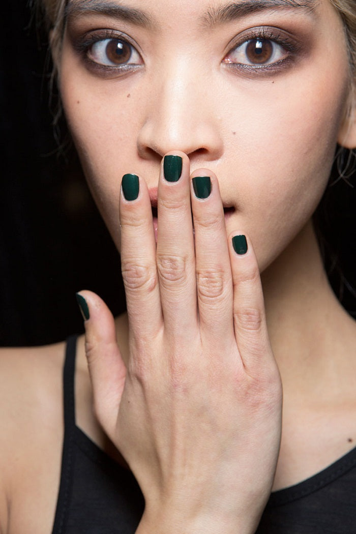 harpers_green nails