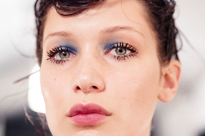 into the gloss_blue eyes_marc jacobs