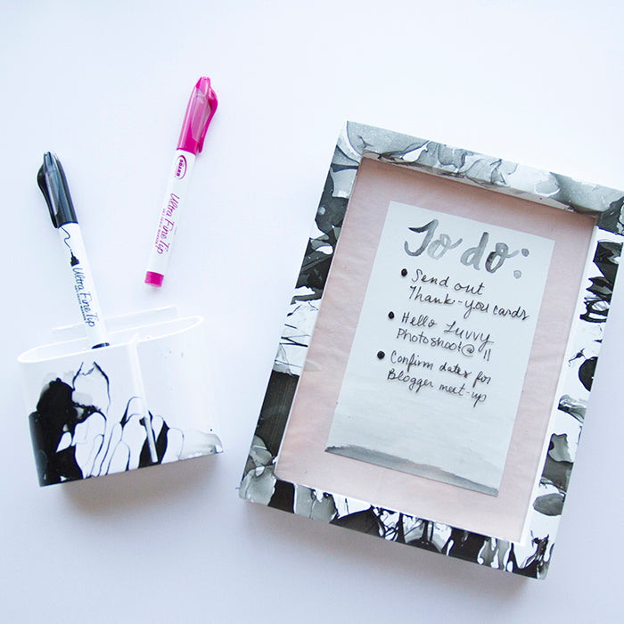 marble marker holder-hello luvvy 2