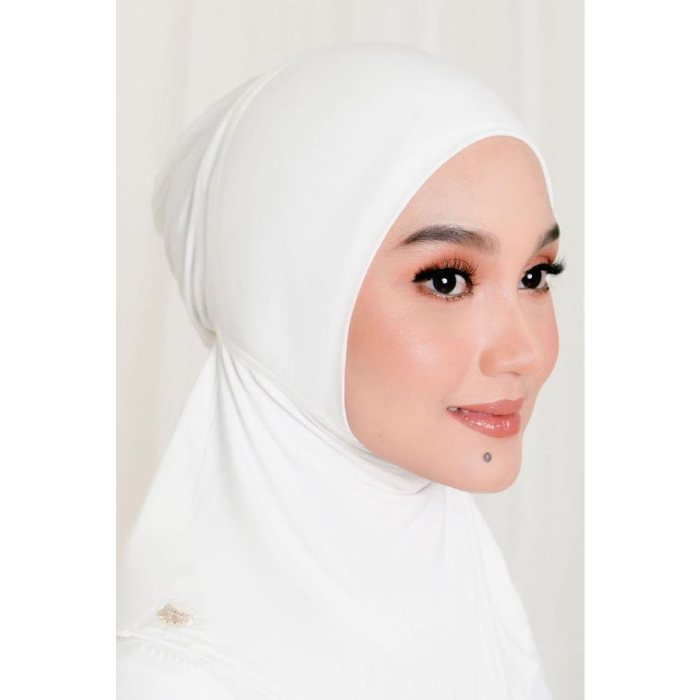 Aveen Inner | White - Neck Covered Inner