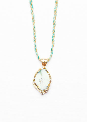 KATI QUARTZ NECKLACE