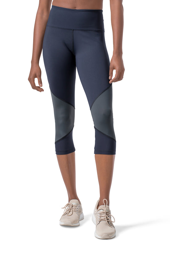 In Motion Tech Legging 7/8 - High Waisted