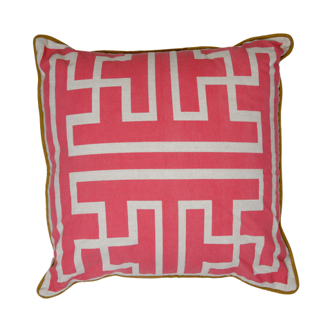 600006 Maize Fuchsia- 45 x 45 cms