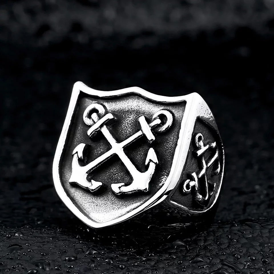 Crossed Anchors Shield Ring