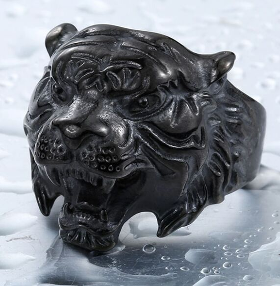 Wild Tiger Ring Silver or Black