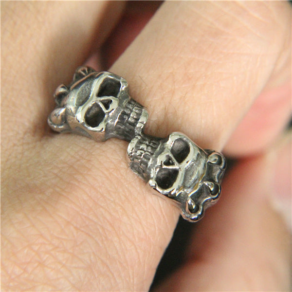 Double Skull Claw Ring