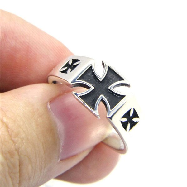 Iron Cross 925 Ring