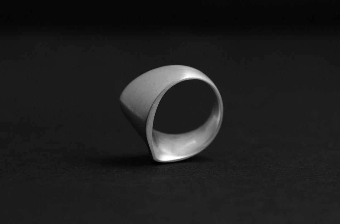 Canyon ring