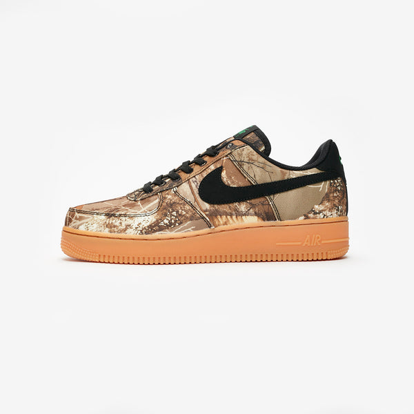Nike: Air Force 1 '07 LV8 3 (Black/Aloe/Verde/Gum)