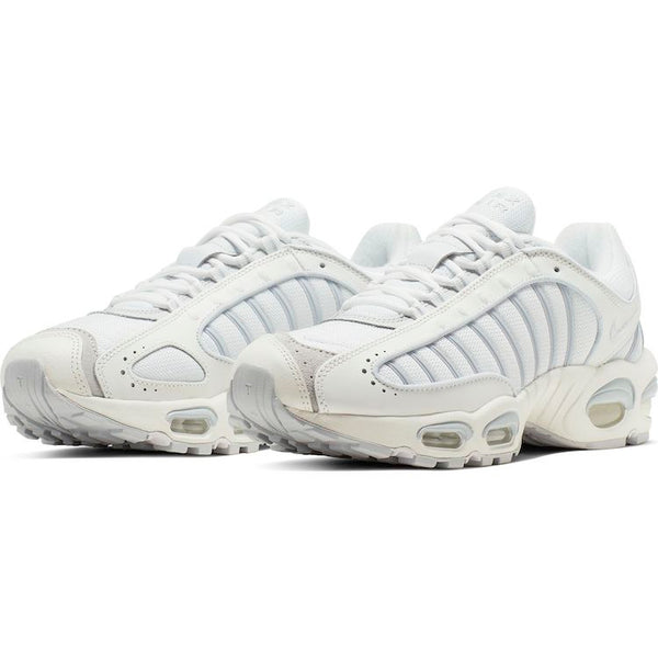 Nike: Air Max Tailwind IV (White)