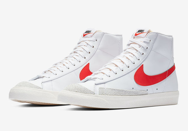NIke: Blazer Mid '77 (White/Red)