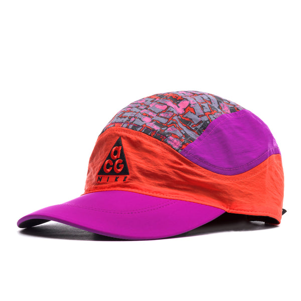 Nike ACG: Cap (Habanero Red/Vivid Purple)