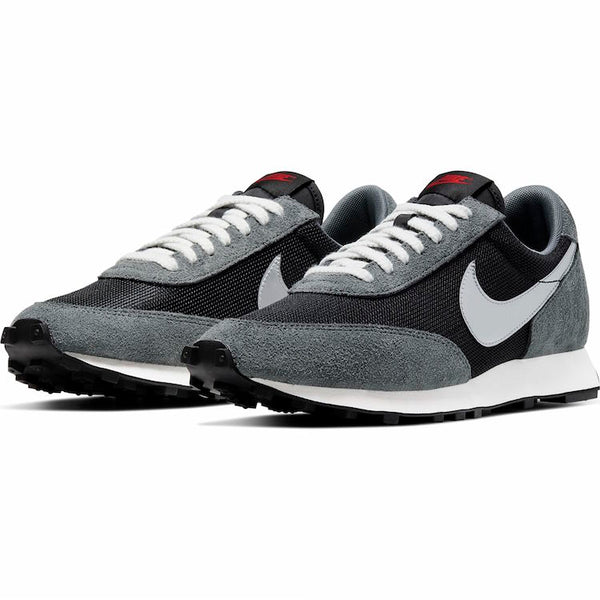 Nike: Daybreak SP (Black)