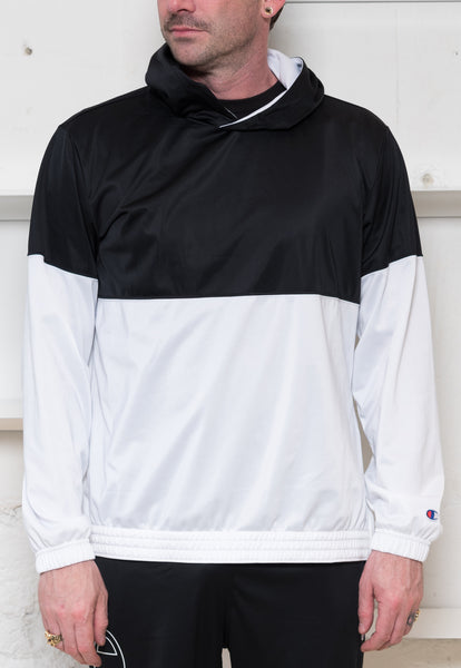 Champion: Logo Hoodie (Black/White) Champion - Nowhere