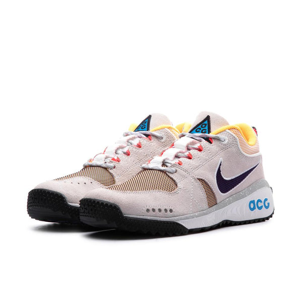 Nike ACG: Dog Mountain (Summit White/Black-Laser Orange) Nike ACG - Nowhere