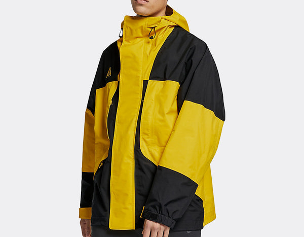 NikeLab ACG: Gore-Tex Jacket (Amarillo/Black)