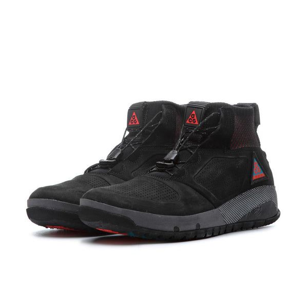 Nike ACG: Ruckel Ridge (Black/Black-Geode Teal-Habanero Red) Nike ACG - Nowhere
