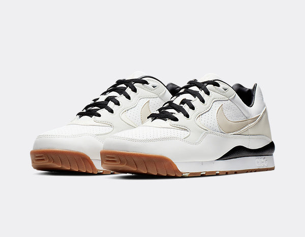 Nike ACG: Wildwood (Summit White/LT Orewood Brown/Sail)