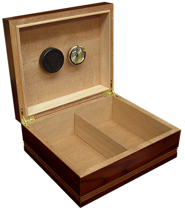 25-50 Count Routed Edge Cigar Humidor