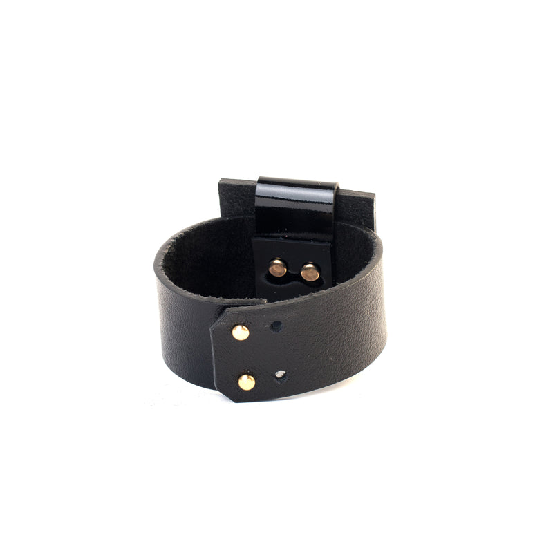 leather bracelet The tinted oath