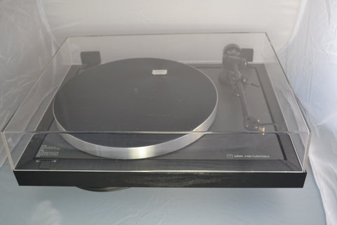 Linn Axis Turntable with Linn Basik Plus Tonearm LOVELY!