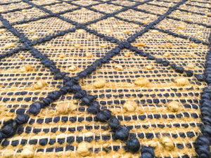 Hemp Hand Woven Rug: Blue Diamond Loop - HummingHaus
