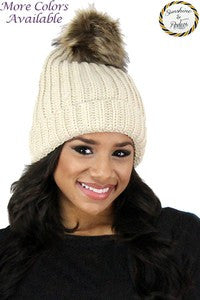 Beanie with pom pom - Aggie Jane Boutique